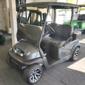 Beautifully Refurbished Club Car Precedent Electric Golf Cart
