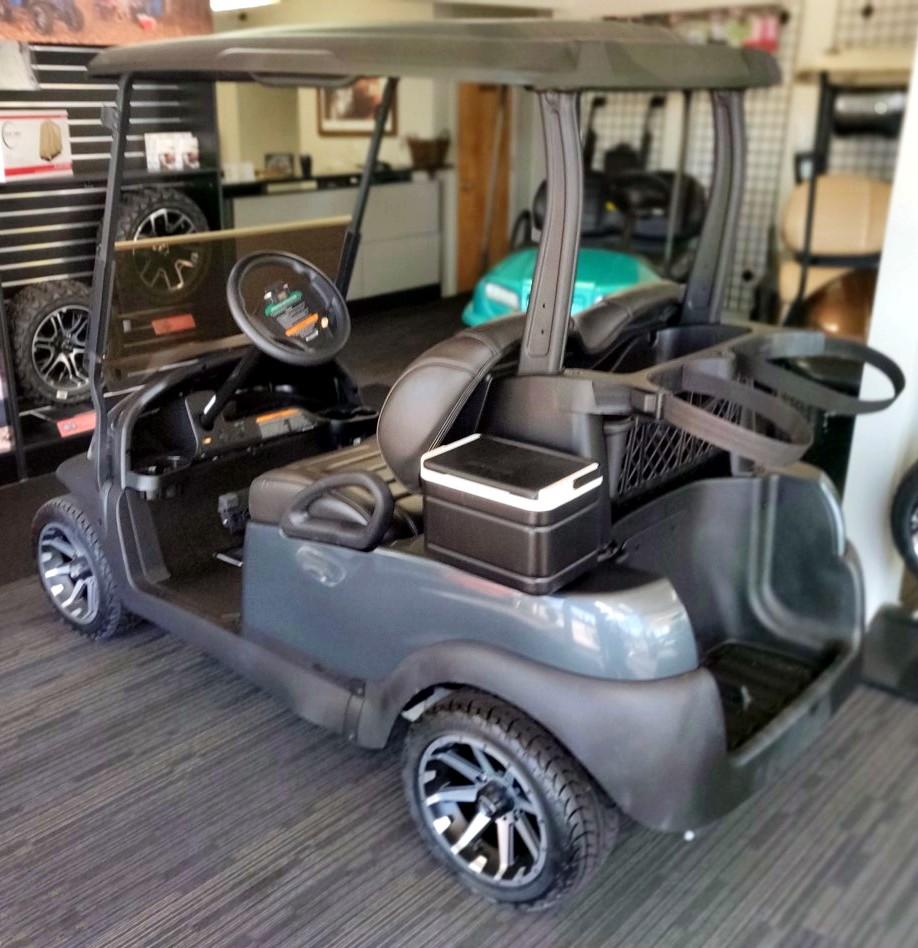 Beautifully Refurbished Club Car Precedent Electric Golf Cart
